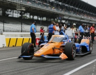 Dixon leads Indy 500 qualifiers; Power outside top 33