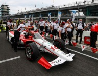Four women to make history as De Silvestro's Indy 500 pit crew