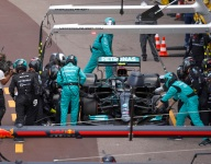 Mercedes pit stop error 'should not happen' - Bottas