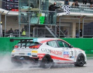 Ricca and TC-classed Genracer Hyundai wins overall in rainy Race 1