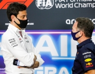 Wolff spars with Horner again over flexi-wings