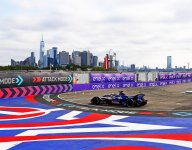 Cassidy takes pole for New York E-Prix Race 1