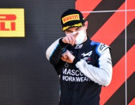 F2 race-winner Lundgaard tests an IndyCar for Rahal