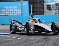 Mercedes' Vandoorne takes London E-Prix 2 pole