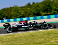 Bottas leads Mercedes 1-2 in second Hungarian GP practice