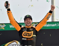 Kurt Busch outduels brother Kyle for first victory of season at Atlanta