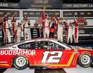Blaney takes victory, Larson wins regular-season title at Daytona