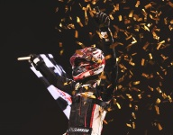Larson completes Indy dirt sweep