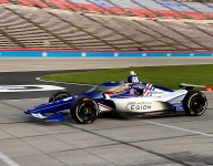 Johnson embraces 'awesome' first IndyCar oval experience at Texas