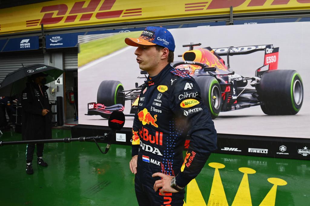 Verstappen rejects Hamilton