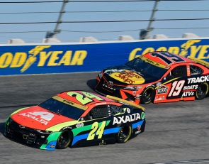 Byron, Truex will start from rear after failing pre-race inspection
