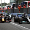 Hamilton empathizes with pressure on Verstappen in first title fight