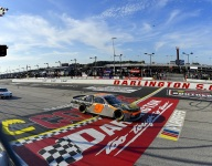 Gragson snags first 2021 victory with strong run at Darlington