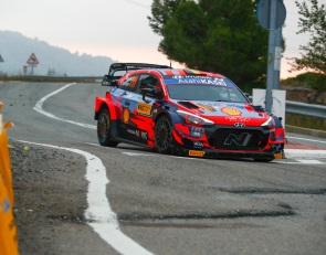 Neuville wins Rally Spain as WRC title battle goes to the wire